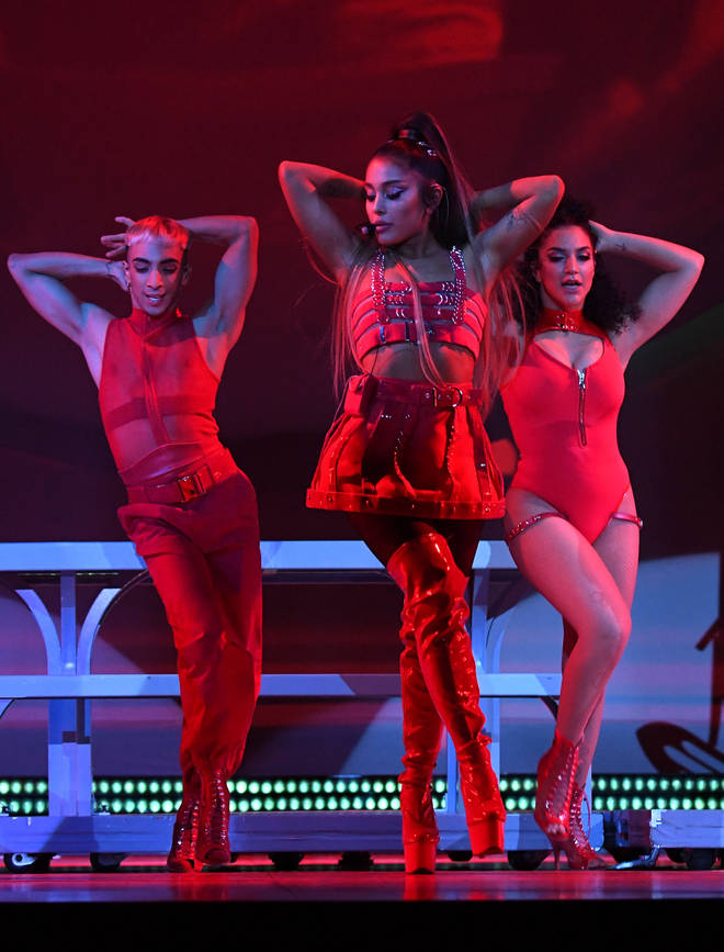 Ariana Grande's clamping down on photography during her Sweetener tour