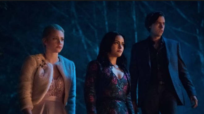 The scene came after the core four defeated the Gargoyle King and The Black Hood