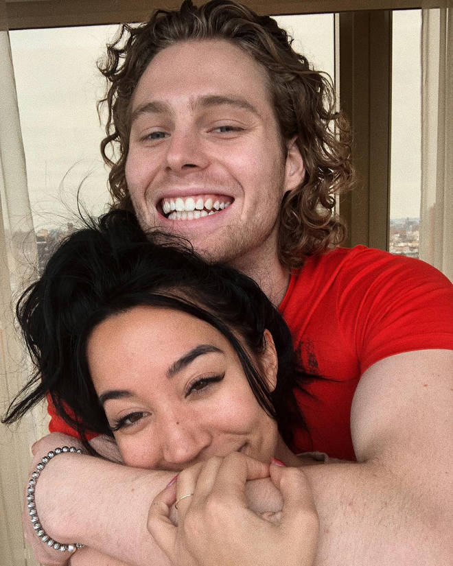 Luke Hemmings and girlfriend Sierra Deaton