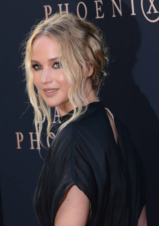 Jennifer Lawrence doesn't have social media.