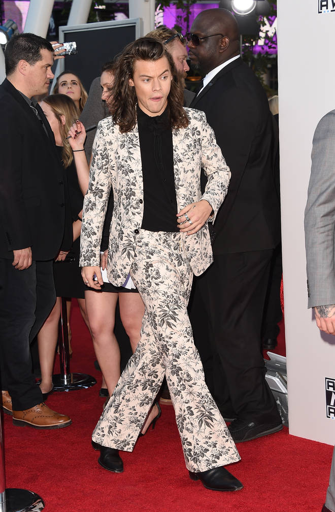 Harry Styles' red carpet look at the AMAs cemented his unique style