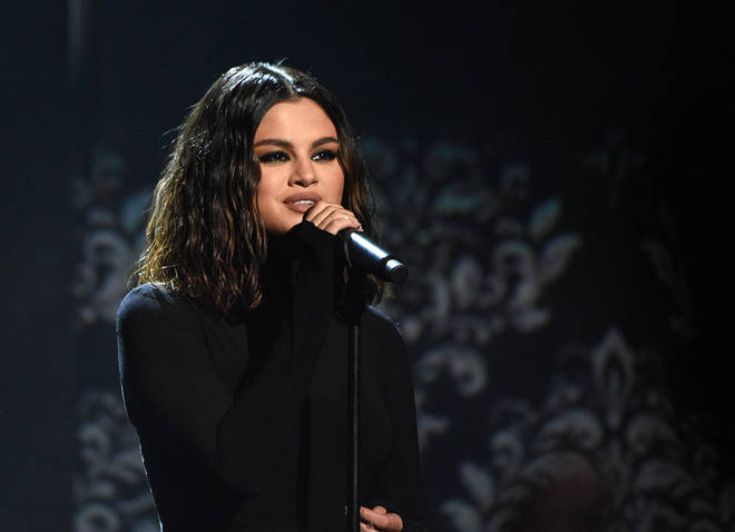 Selena Gomez performed her new songs, 'Lose You To Love Me' and 'Look At Her Now' at the AMAs
